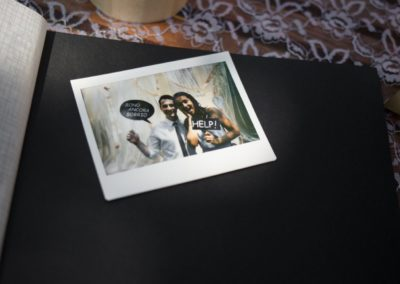 polaroid-Photobooth-4-1350x900